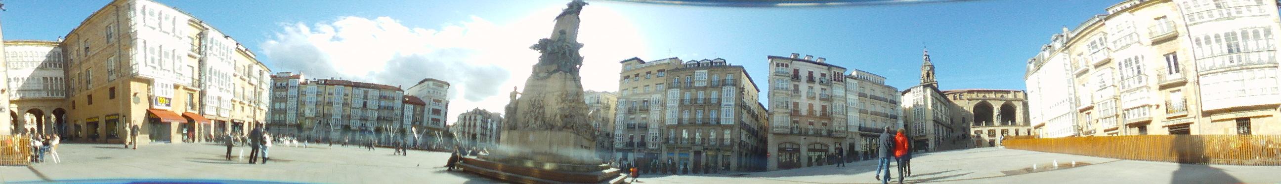 Plaza de la Virgen Blanca de Vitoria Gasteiz a 360 grados