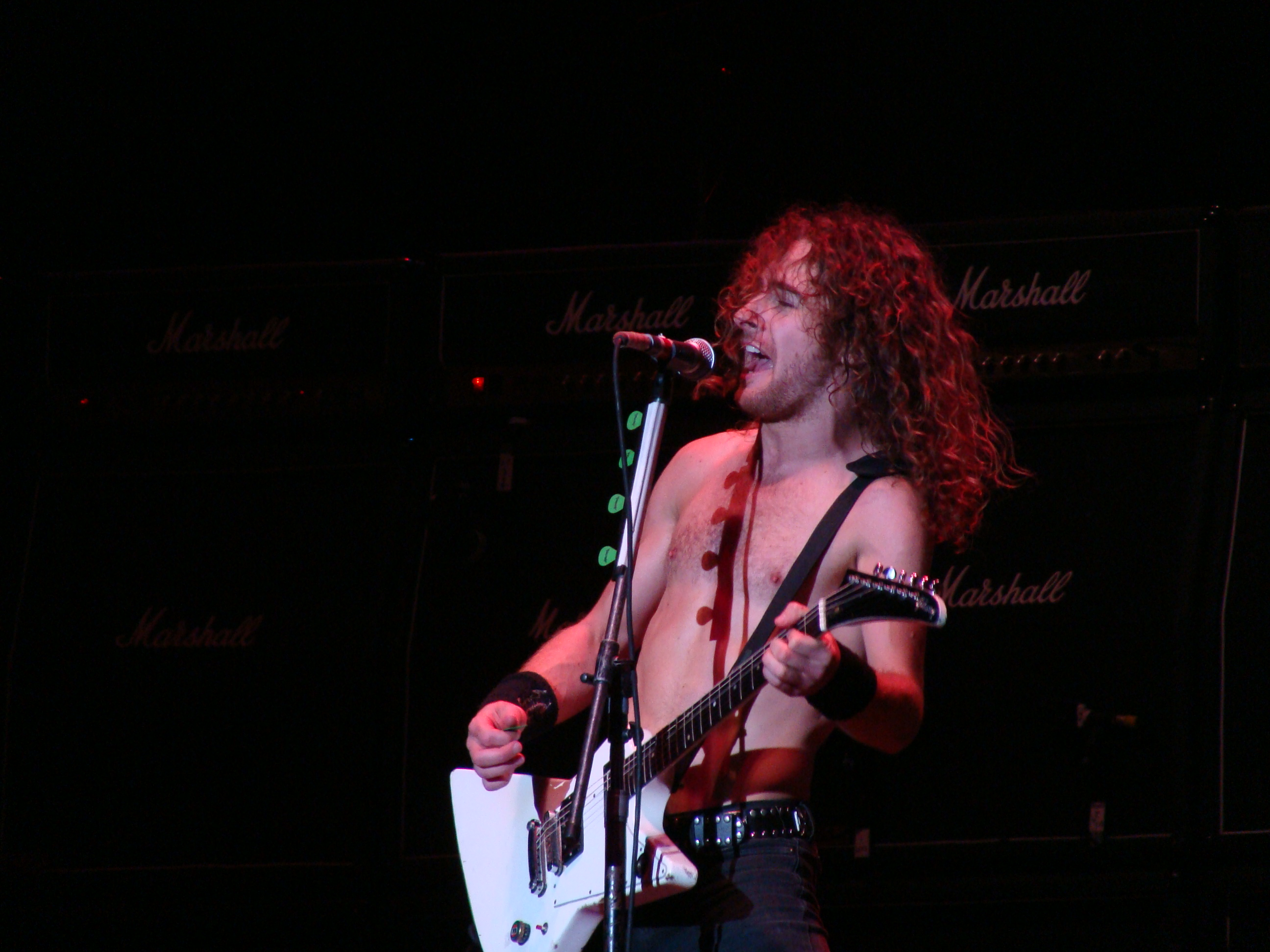 Airbourne, Azkena Rock Festival 2010