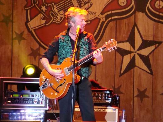 Brian Setzer (Azkena rock festival 2011)