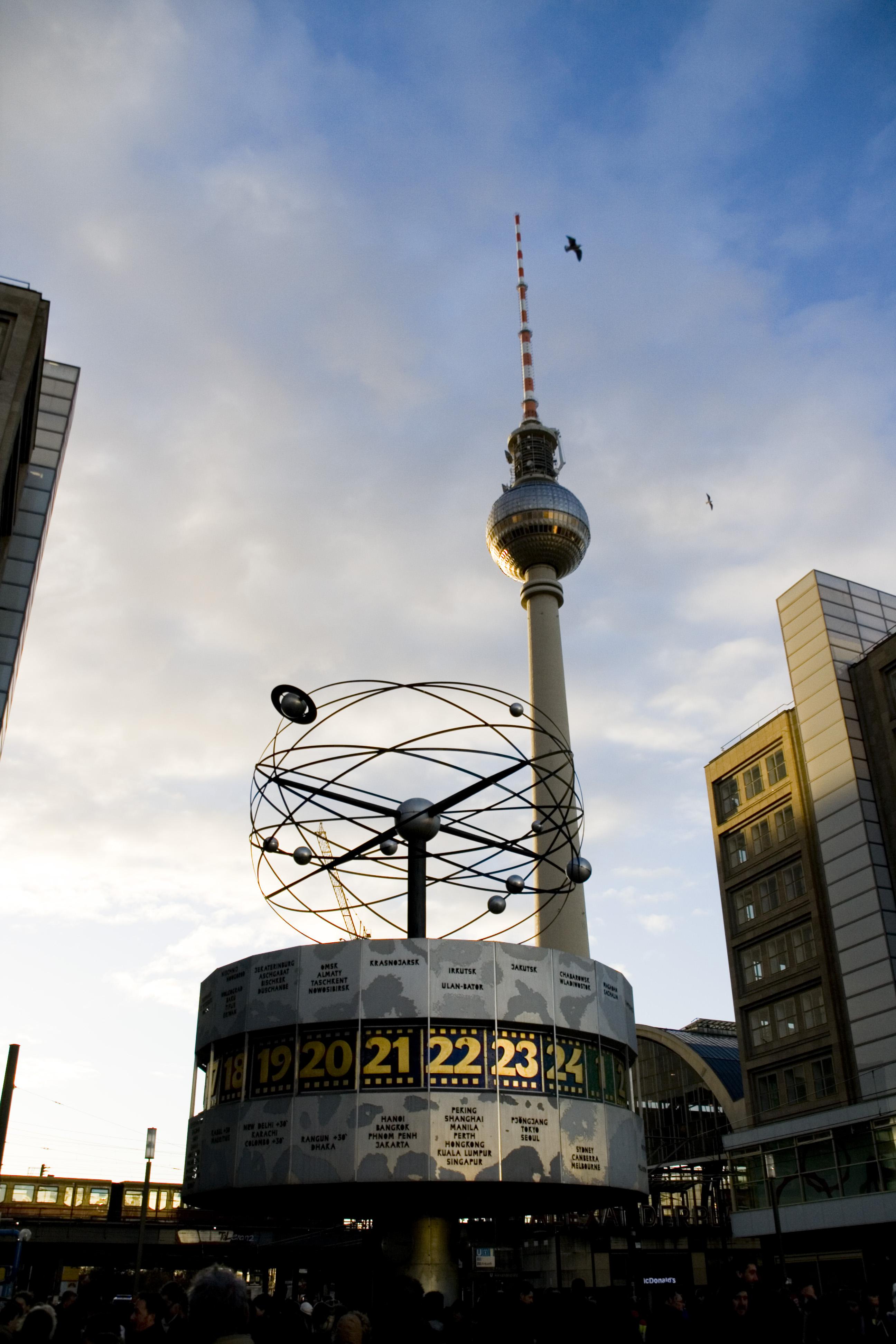 Berlin Fernsehturm, Alexanderplatz, Berlin