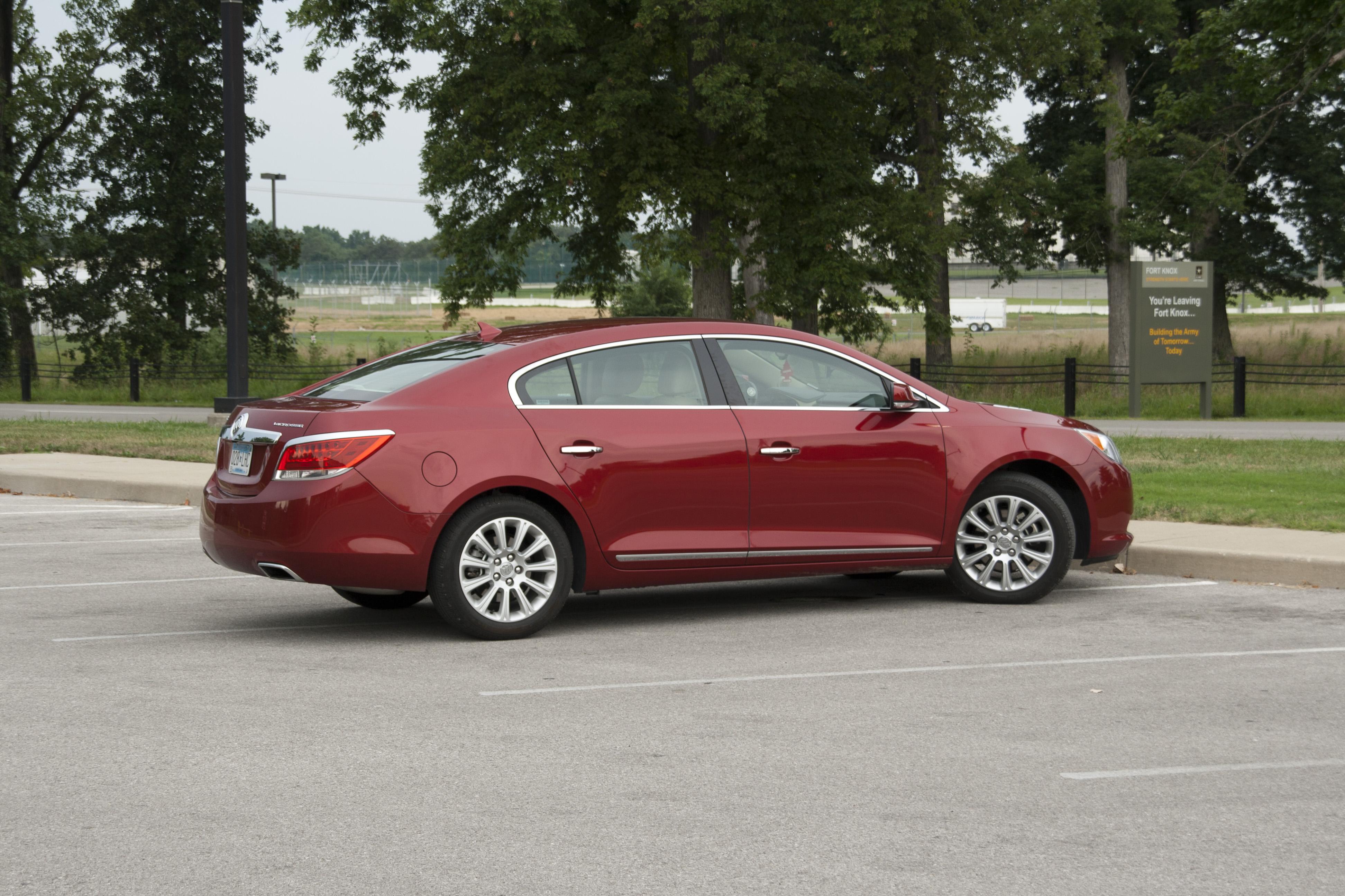 Buick LaCrosse avis 2013 red