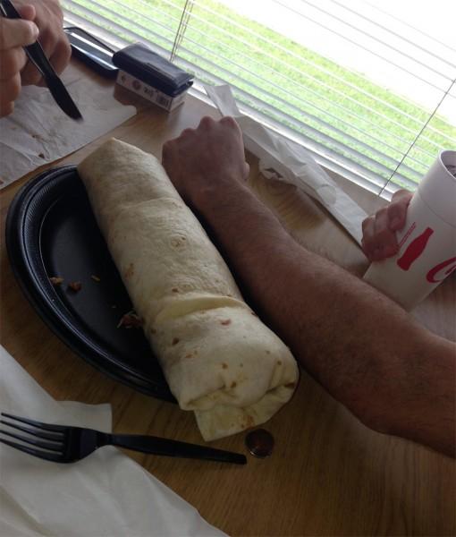 El burrito Mucho Macho del restaurante Los Tacos, en Daphne, Alabama.