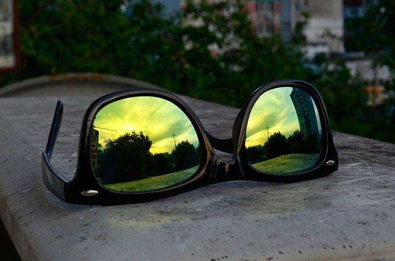 móviles Zetta y gafas Hawkers